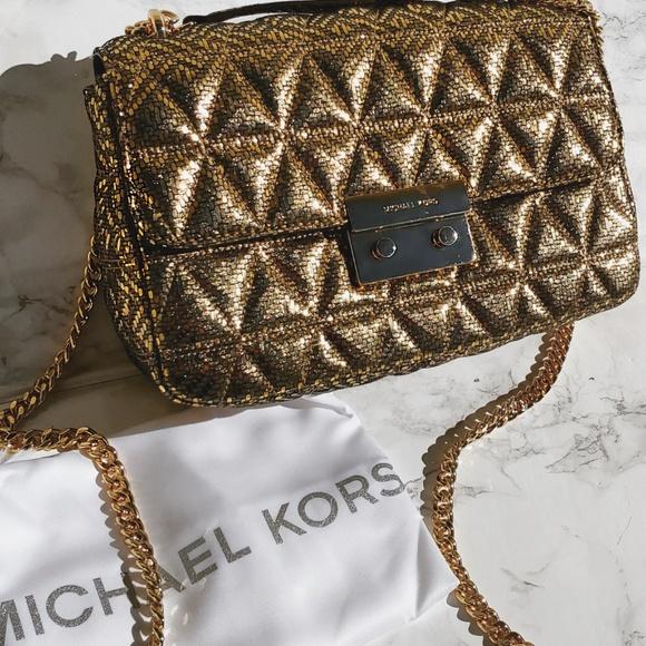 135eac69d61b8a Michael Kors Bags | Micheal Kors Gold Leather Shoulder Purse Sloan ...